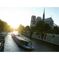 Bateaux Parisiens Early Evening Dinner Cruise