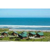 Shining Star Beachfront Accommodation - Caravan Park