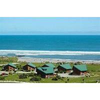 Shining Star Beachfront Accommodation - Caravan Park