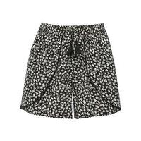 Teen girl monochrome daisy print petal wrap front elasticated waistband pom pom trim runner shorts - Black