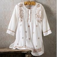 Vritika Embroidered Tunic